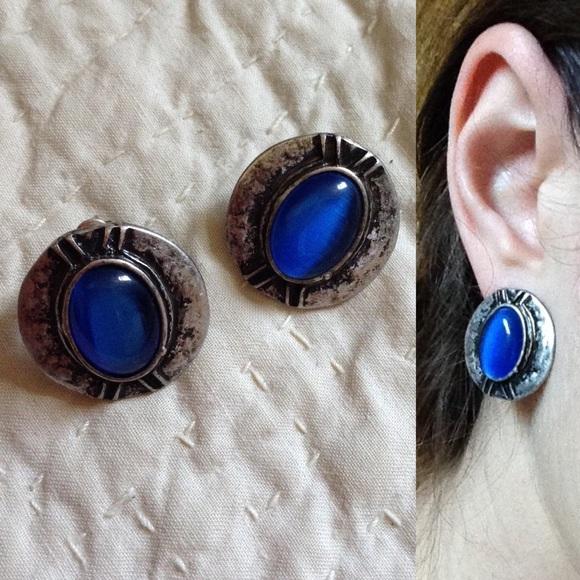 Vintage Jewelry - Indigo Blue Tribal Blue Stone Post Back Earrings