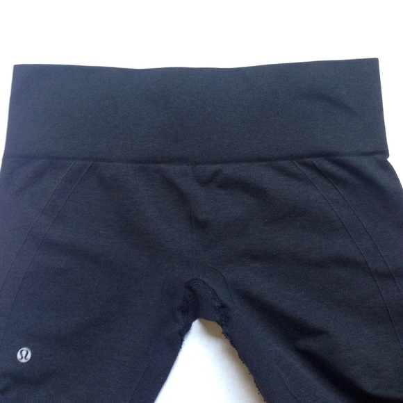 lululemon athletica - 2 lululemon athletica cropped yoga ...