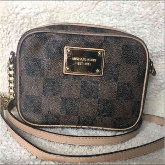 4816eff56b4d Michael kors small checkerboard crossbody bag. M 590b98994e8d17494d00f0cd