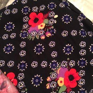 LuLaRoe Pants - LulaRoe OS Floral Leggings