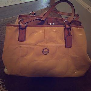 Coach Handbags - Coach Purse!
