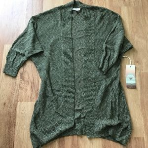 Lightweight 3/4 sleeve cardigan