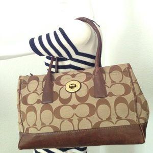 Coach Handbags - Coach tote