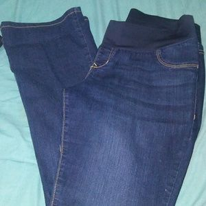 Women's Maternity Jeans That Stay Up on Poshmark
