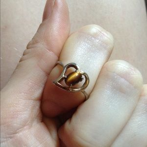 Vintage Jewelry - Sterling Silver Tiger's Eye Oval Heart Ring
