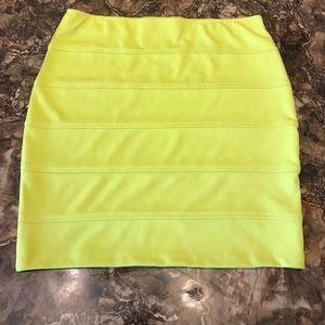 Forever 21+ XL Neon green bodycon mini skirt