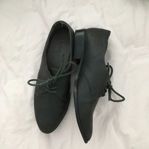 Shoes - Dark grey oxfords loafers