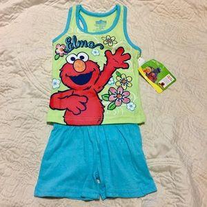 Sesame Street Other - NWT Elmo Sesame Street Outfit SZ 18 MO