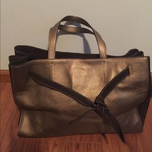 Alberta Di Canio Handbags - Offers welcomed👍 Alberta Di Canio Leather Handbag