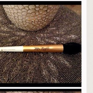 Too Faced Other - Too faced Mr. Right brush