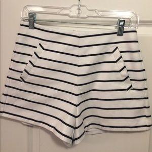 Super cute Sam Edelman high waisted shorts size 6