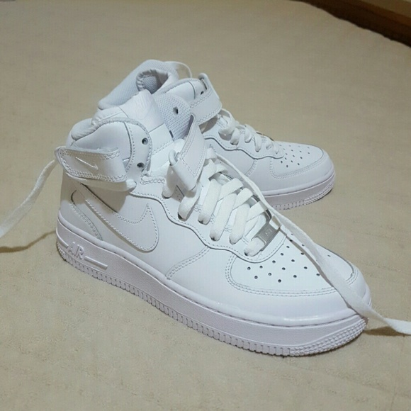 Nike Air Force 1 Mids White New size 5 (gs)
