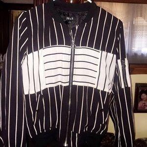 Fashion Nova Jackets & Blazers - FASHION NOVA BASEBALL BOMBER JACKET