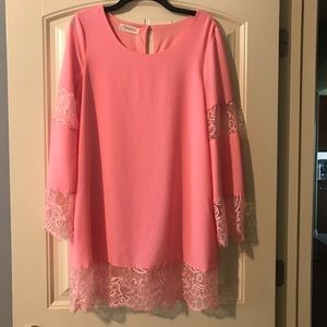pink long sleeve with lace dress, sz m NWOT