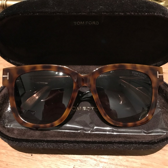 5d904788546b8 NEW Tom Ford Tracy Polarized Sunglasses - NWT