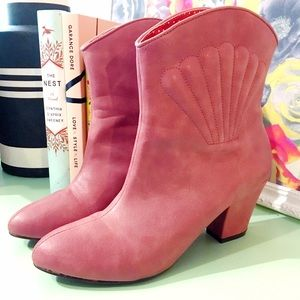 b.a.i.t. Footwear Shoes - B.A.I.T. Footwear Mauve Boot