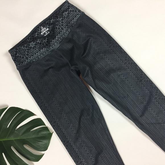 Prana 🎖 Sz XS Yoga Capri Pants