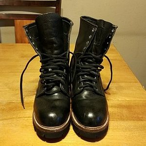 Red Wing Shoes Other - Mens boots