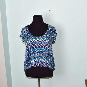 Gorgeous Blue Zigzag Print Flowy Blouse