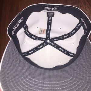 5eaa8139d6834 Ping Accessories - BRAND NEW WITH STICKER PING FLEX FIT GOLF HAT
