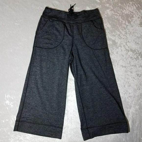 Lululemon Athletica Lululemon Womens Cropped Pants Size