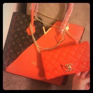 Handbags - 4 Specialty shoulder tote bag & Wallet/Chain