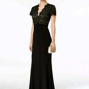 Betsy & Adam Dresses & Skirts - Betsy and Adam Lace Back Cutout Gown