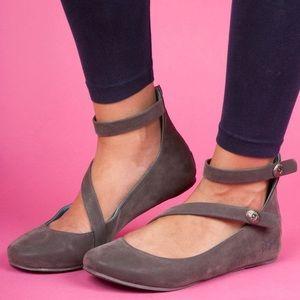 Boutique Shoes - Ankle Strap Ballet Flat
