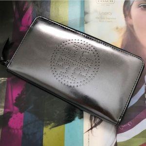 Tory Burch Handbags - Tory Burch Metallic Perforated Leather Zip Wallet