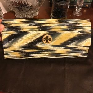 Authentic Tory Butch Kerry Resin clutch