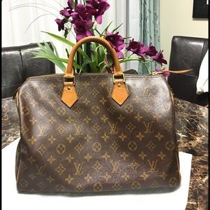 Louis Vuitton Handbags - 🎉SALE🎉TODAY ONLY. PRICE IS FIRM