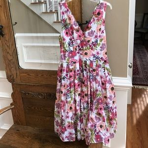 Aryeh Dresses & Skirts - Perfect summer dress!