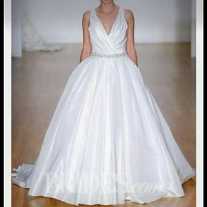 Alfred Angelo Dresses & Skirts - Alfredo Angelo Wedding Gown