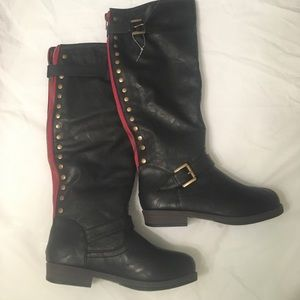 Journee Collection Shoes - Black riding boots with red zipper & studs sz 6.5