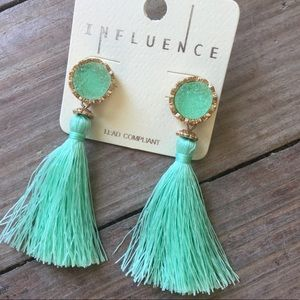 Jewelry - Mint boho circle druzy fringe earrings
