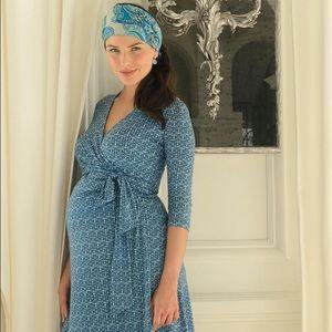Seraphine Dresses & Skirts - Maternity wrap dress
