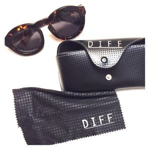 Diff Eyewear Accessories - DIFF 🕶 Sunglasses
