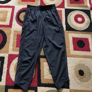lululemon athletica Pants - Lululemon Crop Size 2