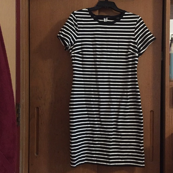 Old navy old navy striped t shirt dress from amelia 39 s for Navy striped dress shirt