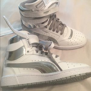 Puma Shoes - NEW Puma Sky High Top White/Silver youth 5 wmn 6.5