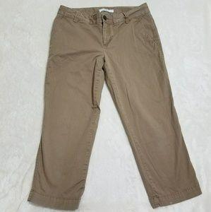 LOFT Women's Straight Tan Capris Size 6 Q10