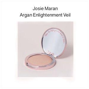 Josie Maran Argan Enlighment Illuminizing Veil