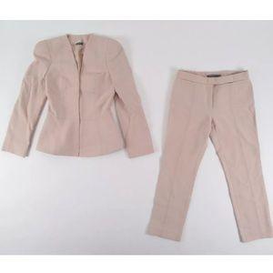 Alexander McQueen Jackets & Blazers - Alexander McQueen Pink Wool Blend Pant Suit Sz 38