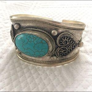 Beautiful Turquoise & Silver Cuff Bracelet