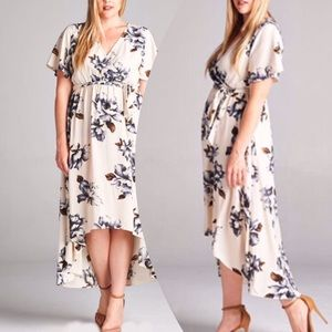 tla2 Dresses & Skirts - 🆕💥HP 6/2💥GORGEOUS HIGH LOW FLORAL DRESS!