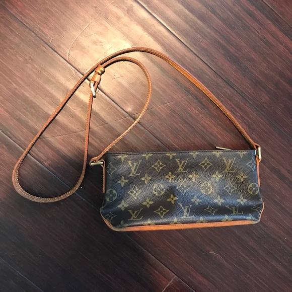 99b7fc41ed29 Louis Vuitton Handbags - Louis Vuitton small crossbody -- vintage