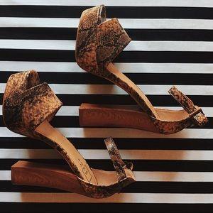 ShuShop Shoes - • shushop™ snakeskin platform heels •
