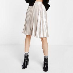Express Dresses & Skirts - Express Metallic Pleated Skirt
