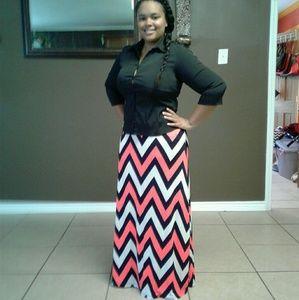 Dresses & Skirts - Chevron maxi skirt