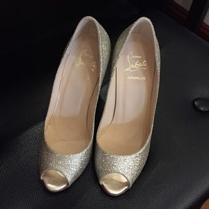 New Auth Christian Louboutin Gold Glitter Wedge